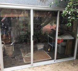 Aluminium Sliding Door 3 Panel Natural
