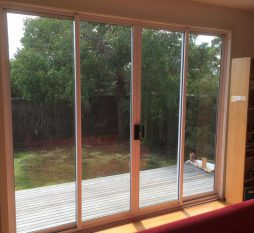 Aluminium Sliding Door 4 Panel White (inside)