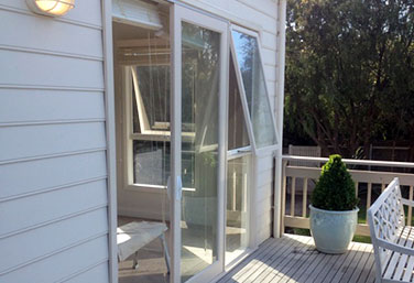 Timber Sliding Door Awning Window Combinatio